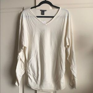 Cream sweater size xl new with tags!